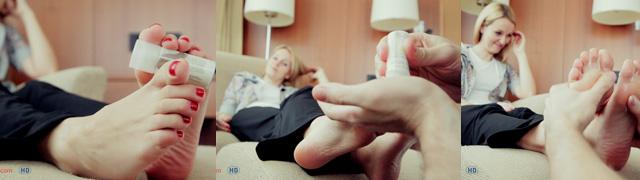 sexy bare feet